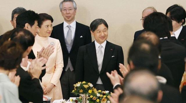 Nhật hoàng mừng sinh nhật tuổi 60 và chia sẻ về bệnh tình hiện tại của Hoàng hậu Masako khiến ai cũng xúc động - Ảnh 4.