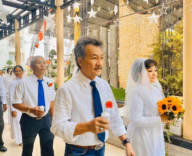Tuổi 63, danh ca Hương Lan cưới chồng kỹ sư hàng không - Ảnh 4.