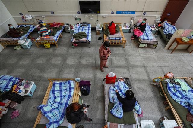 Cuộc sống tại bệnh viện dã chiến Vũ Hán - Ảnh 14.