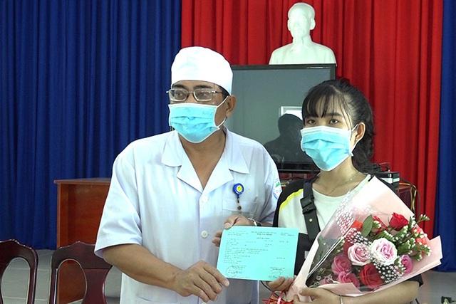 Bộ Y tế công bố hết dịch COVID-19 ở Khánh Hoà - Ảnh 2.