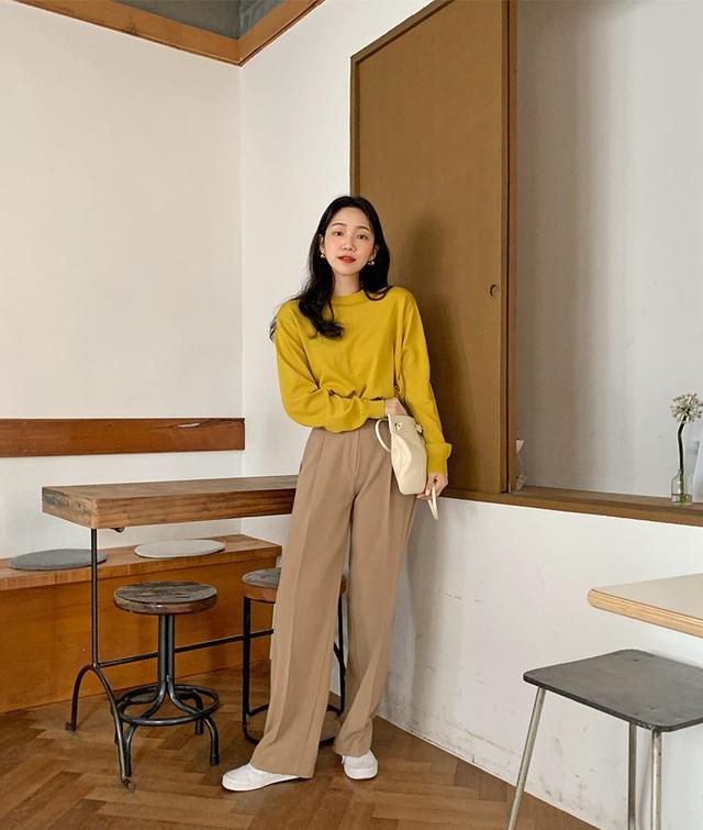Phát chán khi diện quần jeans, đây là 4 mẫu quần chị em nên tích cực mặc để sành điệu hơn  - Ảnh 1.