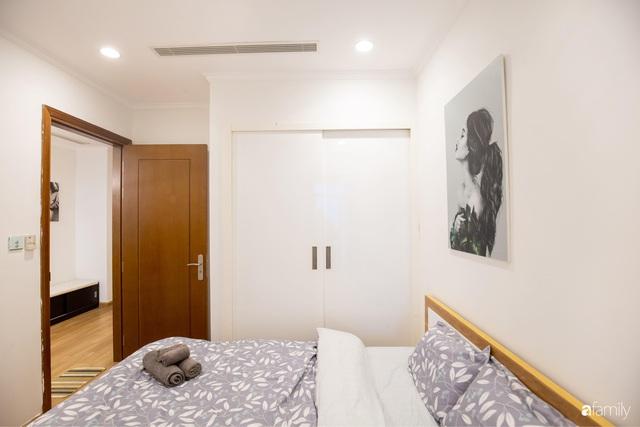 Chỉ vỏn vẹn 56m² nhưng căn hộ nhỏ dưới đây lại rộng thoáng bất ngờ nhờ cách bài trí thông minh của chủ nhà ở Hà Nội - Ảnh 22.