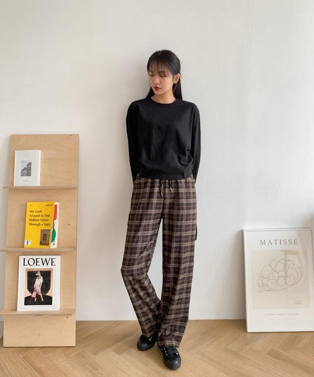 Phát chán khi diện quần jeans, đây là 4 mẫu quần chị em nên tích cực mặc để sành điệu hơn  - Ảnh 9.