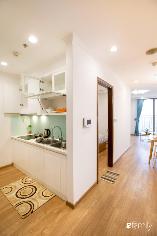 Chỉ vỏn vẹn 56m² nhưng căn hộ nhỏ dưới đây lại rộng thoáng bất ngờ nhờ cách bài trí thông minh của chủ nhà ở Hà Nội - Ảnh 11.