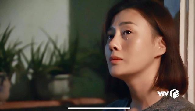 """Diễn viên Phương Oanh chia sẻ cảnh bị cưỡng hiếp trong """"Cô gái nhà người ta"""" - Ảnh 2."""