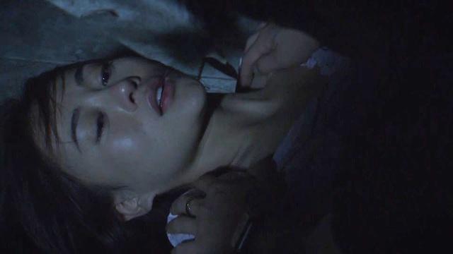 """Diễn viên Phương Oanh chia sẻ cảnh bị cưỡng hiếp trong """"Cô gái nhà người ta"""" - Ảnh 1."""