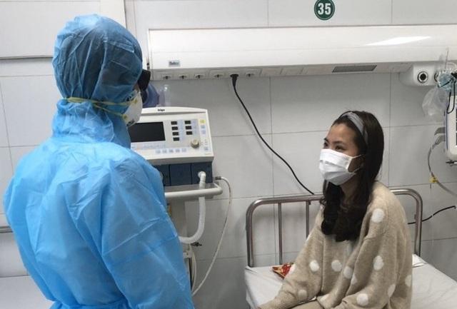 Bệnh nhân người Việt nhiễm nCoV đầu tiên được xuất viện - Ảnh 3.