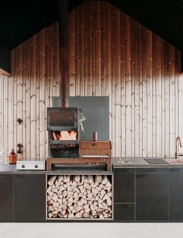Ngôi nhà nhỏ xíu kiểu cabin mang phong cách Scandinavia đẹp đến nao lòng - Ảnh 9.