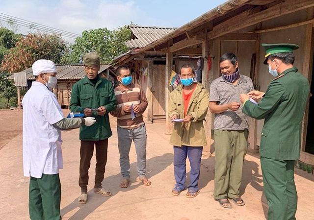 34 trẻ có biểu hiện ho, sốt ở Điện Biên: Đề xuất cho học sinh các cấp nghỉ học - Ảnh 3.