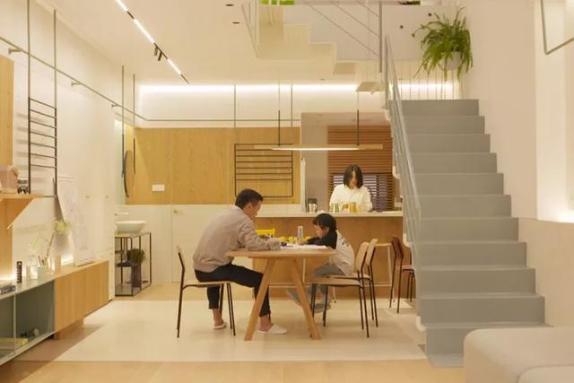 Ngôi nhà có tuổi đời 70 năm lột xác thành không gian hiện đại, tiện nghi dành cho gia đình trẻ - Ảnh 10.