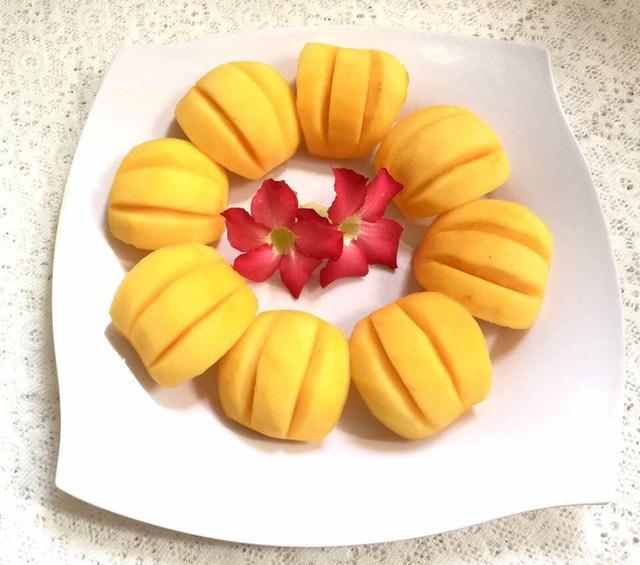 Mẹ đảm trình bày đĩa hoa quả như một bức tranh không ai nỡ ăn - Ảnh 7.