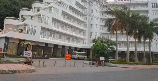 Hải Phòng cách ly, phong tỏa một khách sạn ở Cát Bà có khách bay cùng ca nhiễm COVID-19 thứ 34 - Ảnh 4.