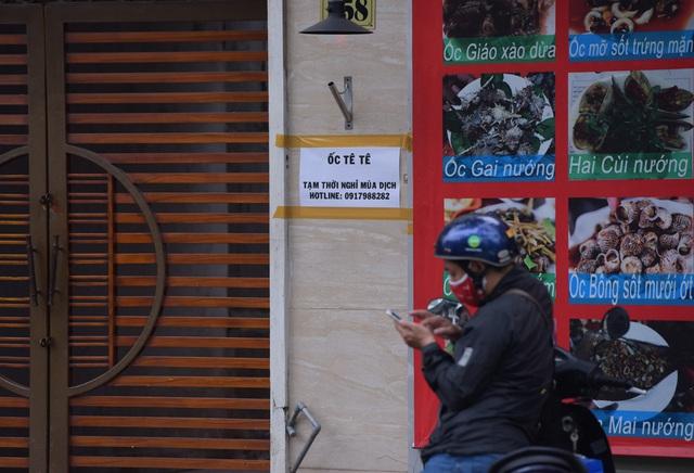 Hàng loạt quán ăn, nhà hàng tạm thời đóng cửa để phòng dịch COVID-19 - Ảnh 9.