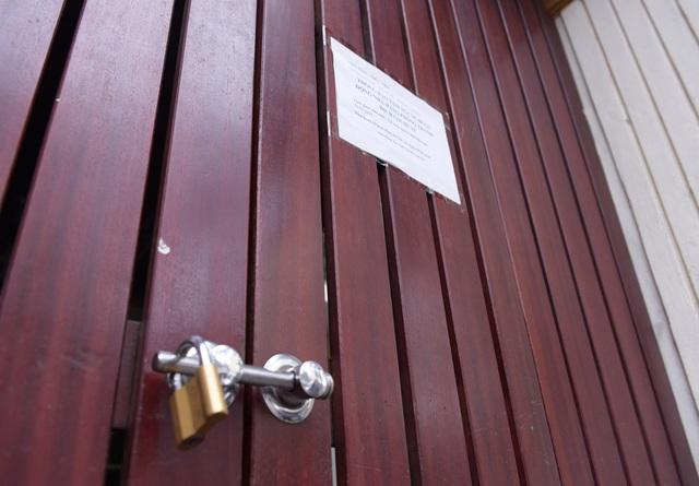 Hàng loạt quán ăn, nhà hàng tạm thời đóng cửa để phòng dịch COVID-19 - Ảnh 10.