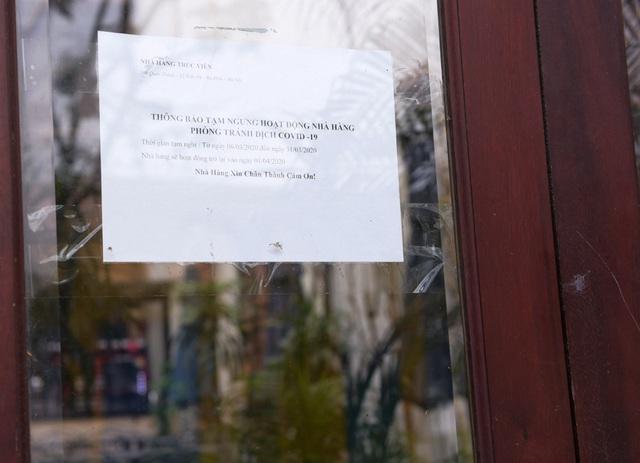 Hàng loạt quán ăn, nhà hàng tạm thời đóng cửa để phòng dịch COVID-19 - Ảnh 12.