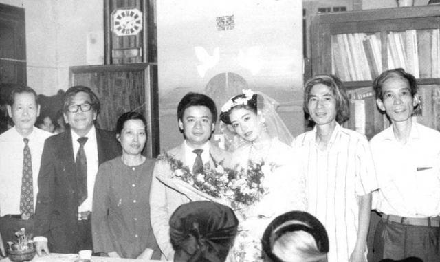 NSƯT Chiều Xuân khoe ảnh cưới chụp 33 năm trước - Ảnh 1.