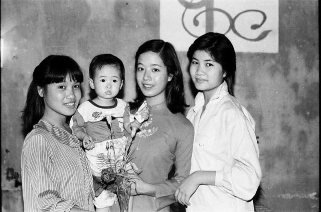 NSƯT Chiều Xuân khoe ảnh cưới chụp 33 năm trước - Ảnh 11.