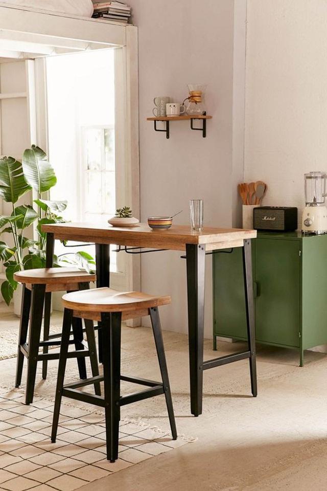 Những mẫu bàn ăn nhỏ làm thay đổi quan niệm chỉ có bàn ăn to mới sang, đẹp của nhiều người - Ảnh 3.