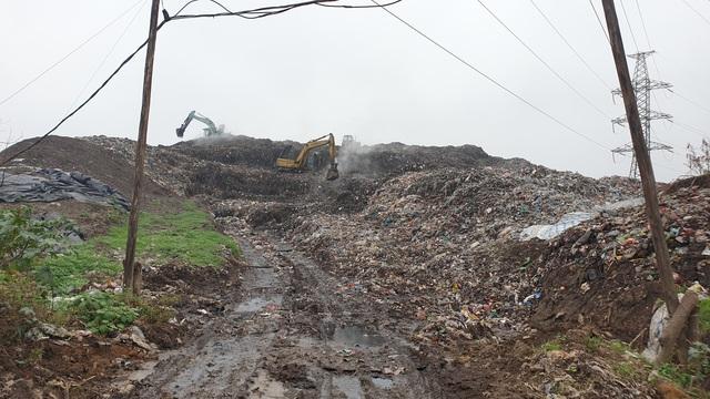 Dân bỏ ruộng vì ảnh hưởng của nhà máy chế biến rác - Ảnh 2.