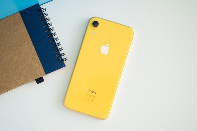 5 smartphone bán chạy nhất châu Âu - Ảnh 2.