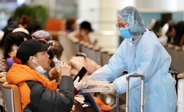 Tất cả các chuyến bay quốc tế không được hạ cánh tại Nội Bài - Ảnh 3.