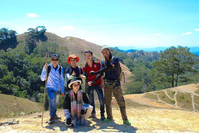 Tuyệt chiêu đi du lịch an toàn, phòng chống dịch COVID-19 của các bạn trẻ - Ảnh 3.
