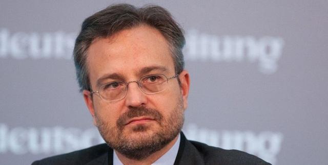 Các tỷ phú Italy góp tiền chống đại dịch ở quê hương - Ảnh 8.
