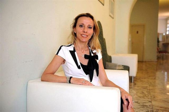 Các tỷ phú Italy góp tiền chống đại dịch ở quê hương - Ảnh 9.