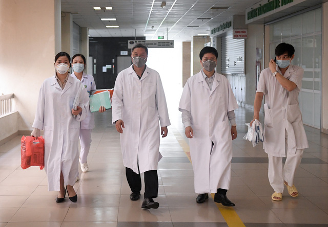 Mục sở thị phòng cách ly đặc biệt điều trị nhiều bệnh nhân COVID-19 nhất Việt Nam - Ảnh 2.