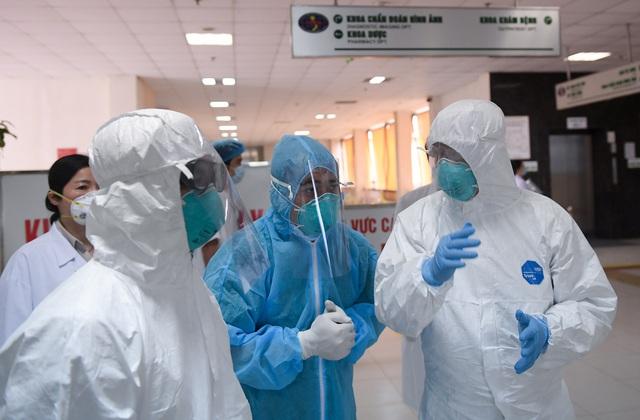 Mục sở thị phòng cách ly đặc biệt điều trị nhiều bệnh nhân COVID-19 nhất Việt Nam - Ảnh 14.