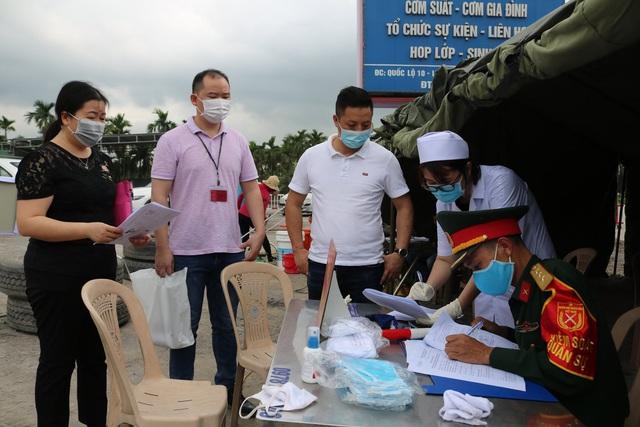Hải Phòng kiểm soát y tế mọi trường hợp ngoại tỉnh vào địa phương - Ảnh 11.