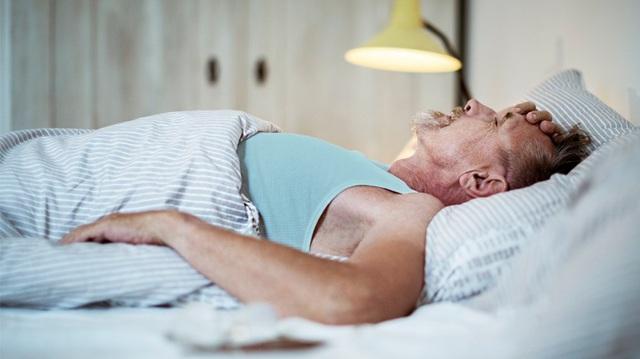 Nếu có những triệu chứng này khi ngủ, cảnh báo phổi bị tổn thương, có thể dẫn tới ung thư - Ảnh 3.