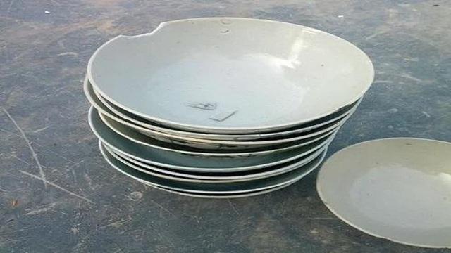 6 thứ khiến căn bếp trở nên vô cùng luộm thuộm bạn nên dẹp bỏ càng sớm càng tốt - Ảnh 2.