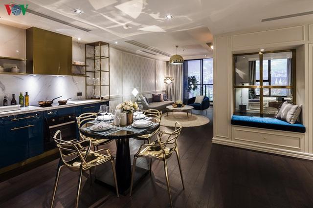 Căn hộ 3 phòng ngủ  đẹp lung linh khi kết hợp giữa cổ điển và hiện đại - Ảnh 2.