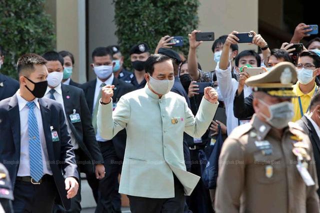 Từ hôm nay, Thái Lan tuyên bố tình trạng khẩn cấp quốc gia với nhiều biện pháp nghiêm ngặt nhằm ngăn chặn dịch Covid-19 - Ảnh 1.