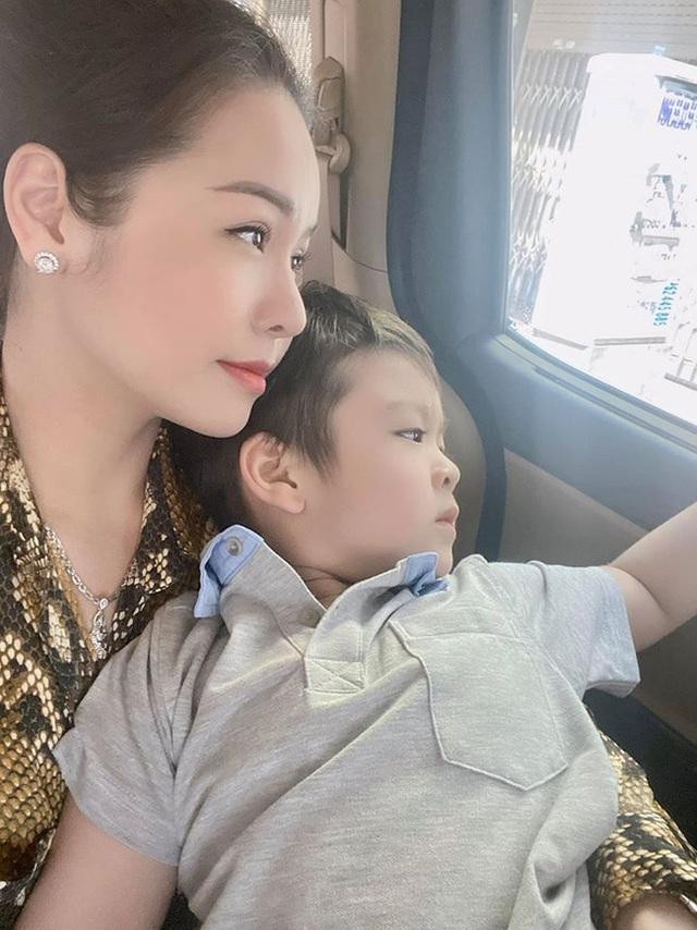 Mới bước đầu giành được quyền nuôi con, Nhật Kim Anh đã phải nổi đóa vì chuyện liên quan đến gia đình chồng cũ - Ảnh 1.