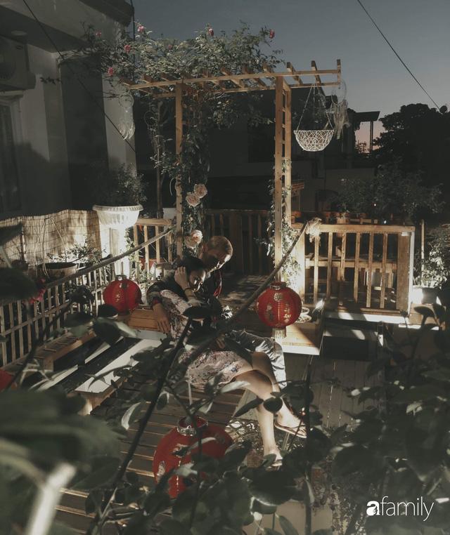 Ngôi nhà đẹp yên bình, lãng mạn nhờ người đàn ông đảm đang tự decor vườn và trồng đủ loại hồng ở Sài Gòn - Ảnh 23.