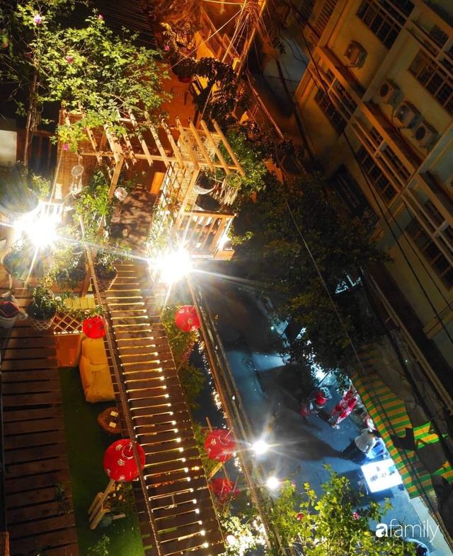 Ngôi nhà đẹp yên bình, lãng mạn nhờ người đàn ông đảm đang tự decor vườn và trồng đủ loại hồng ở Sài Gòn - Ảnh 29.