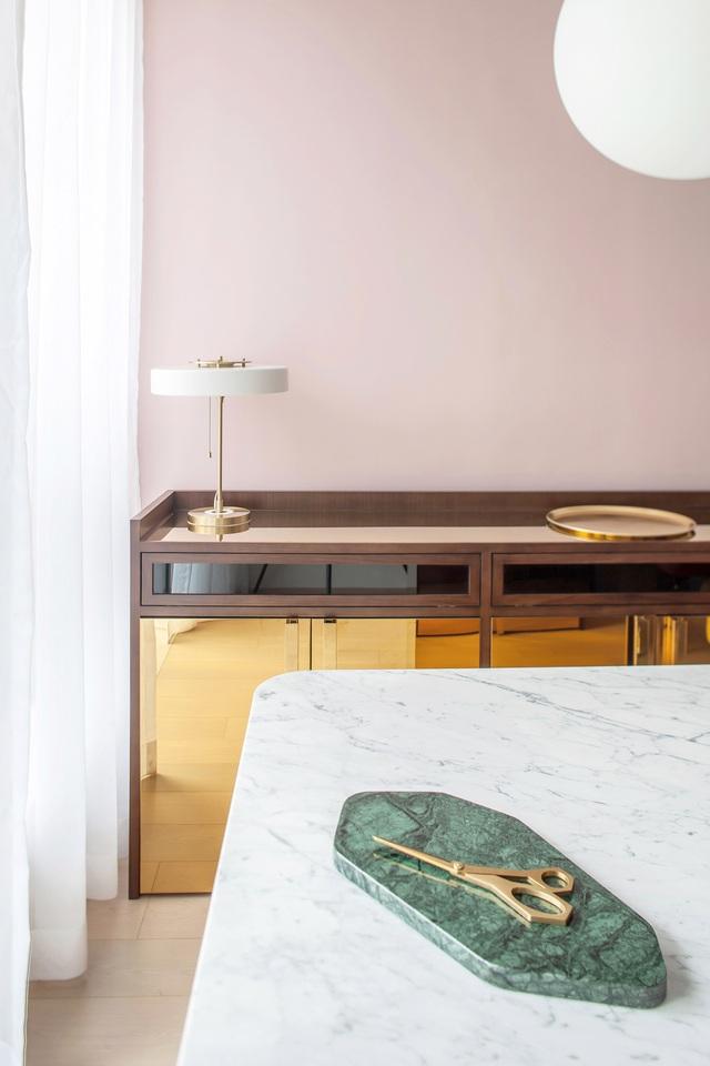 KTS lột xác cho căn hộ 46m² với bảng màu sáng để làm cho các phòng có vẻ lớn hơn - Ảnh 5.