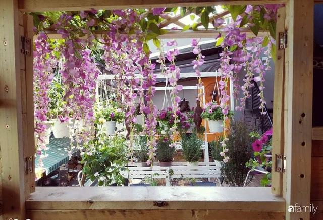Ngôi nhà đẹp yên bình, lãng mạn nhờ người đàn ông đảm đang tự decor vườn và trồng đủ loại hồng ở Sài Gòn - Ảnh 36.