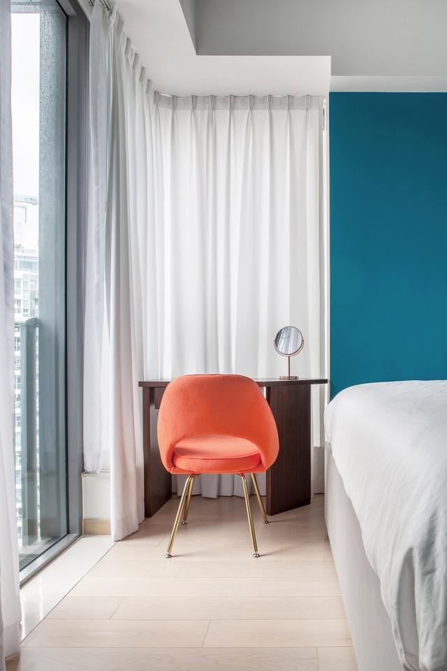 KTS lột xác cho căn hộ 46m² với bảng màu sáng để làm cho các phòng có vẻ lớn hơn - Ảnh 7.