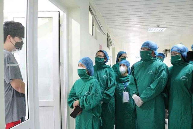 Hải Phòng tiếp tục cách ly và lấy mẫu phẩm 7 trường hợp liên quan BV Bạch Mai - Ảnh 3.
