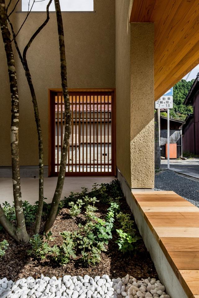 Ngôi nhà bình yên đến nao lòng với khoảng sân vườn thiết kế nghệ thuật đẹp như tranh vẽ  - Ảnh 4.
