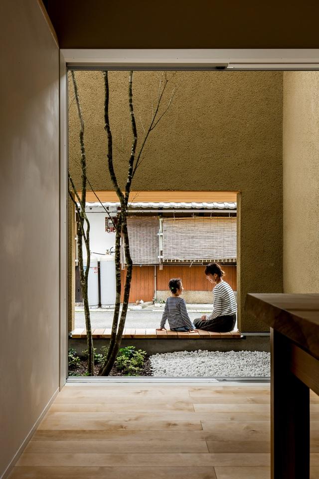 Ngôi nhà bình yên đến nao lòng với khoảng sân vườn thiết kế nghệ thuật đẹp như tranh vẽ  - Ảnh 5.