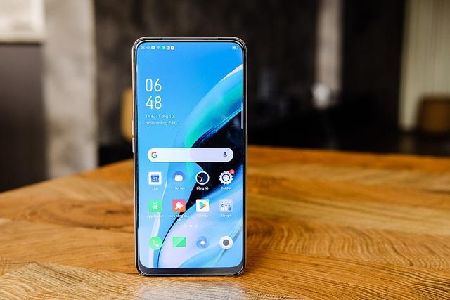 Những smartphone cận cao cấp giảm giá tiền triệu - Ảnh 4.