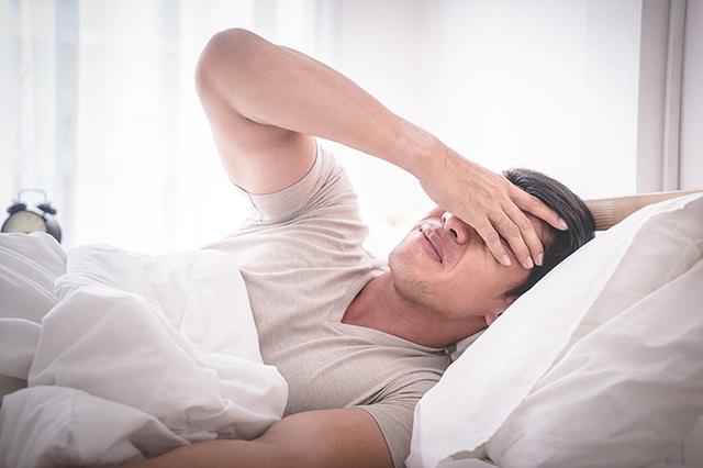 Đàn ông có tuổi thọ ngắn thường xuất hiện 4 dấu hiệu này trong khi ngủ - Ảnh 4.