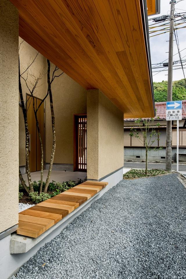 Ngôi nhà bình yên đến nao lòng với khoảng sân vườn thiết kế nghệ thuật đẹp như tranh vẽ  - Ảnh 7.