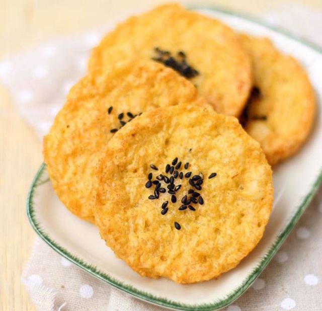 7 món ăn thường được dùng để cắt cơn đói nhưng chuyên gia chỉ rõ tác hại khủng khiếp - Ảnh 1.
