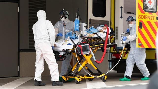 Hơn 101.700 người nhiễm, Italy được dự báo vẫn chưa tới đỉnh dịch; số người nhiễm COVID-19 tại Mỹ vọt lên gấp đôi Trung Quốc - Ảnh 8.