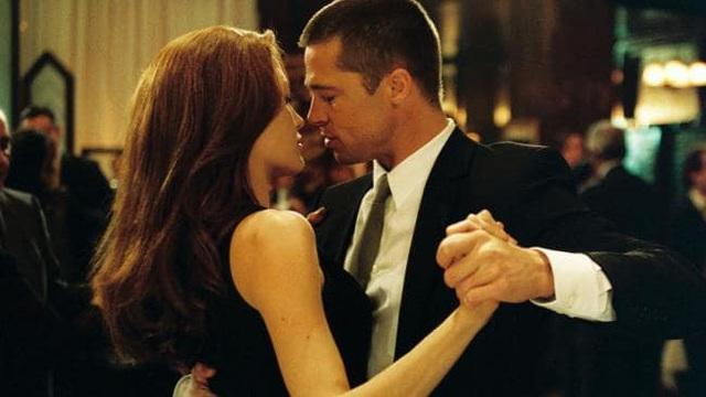 Angelina Jolie cố tình cởi nội y để quyến rũ Brad Pitt khi đóng cảnh giường chiếu - Ảnh 3.